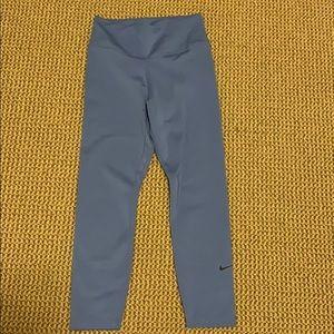 light blue nike cropped leggings